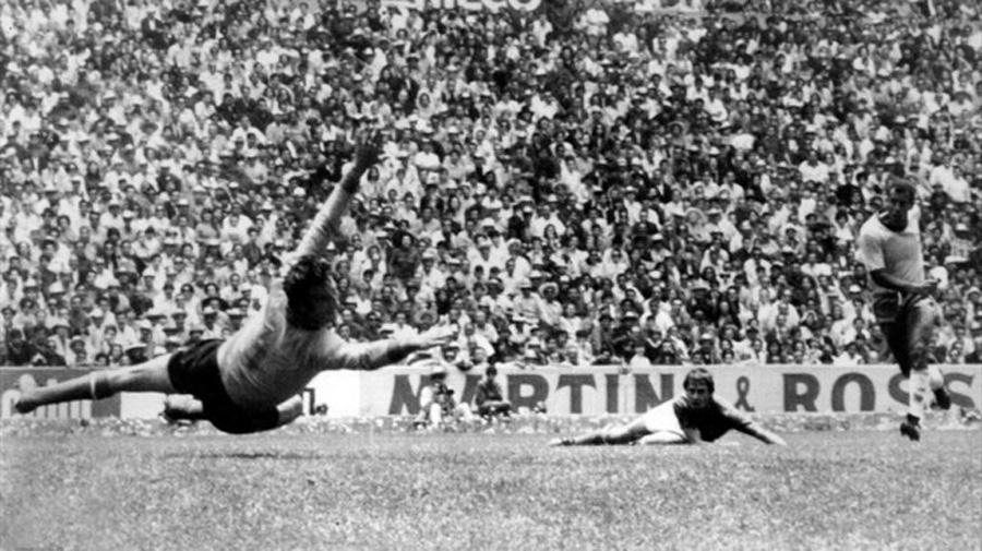 1970 Brasile - Italia 4-1 - Il terzo gol di Jairzinho