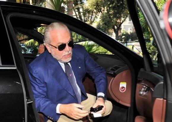 Un presidente in auto