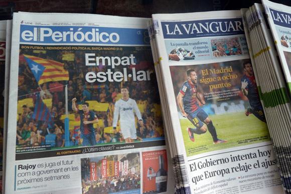 foto delle copertine dei giornali spagnoli in edicola