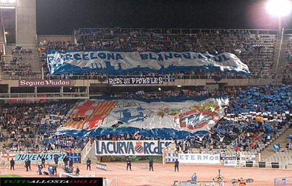 Tifo Espanyol - Barcellona biancoazzurra