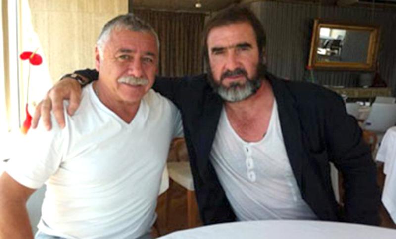 foto Carlos Caszely con Eric Cantona