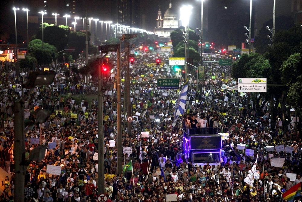 foto delle proteste in Brasile, 2013