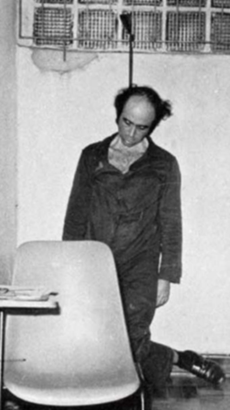 La foto più tristemente famosa di Vladimir Herzog (impiccato in cella)