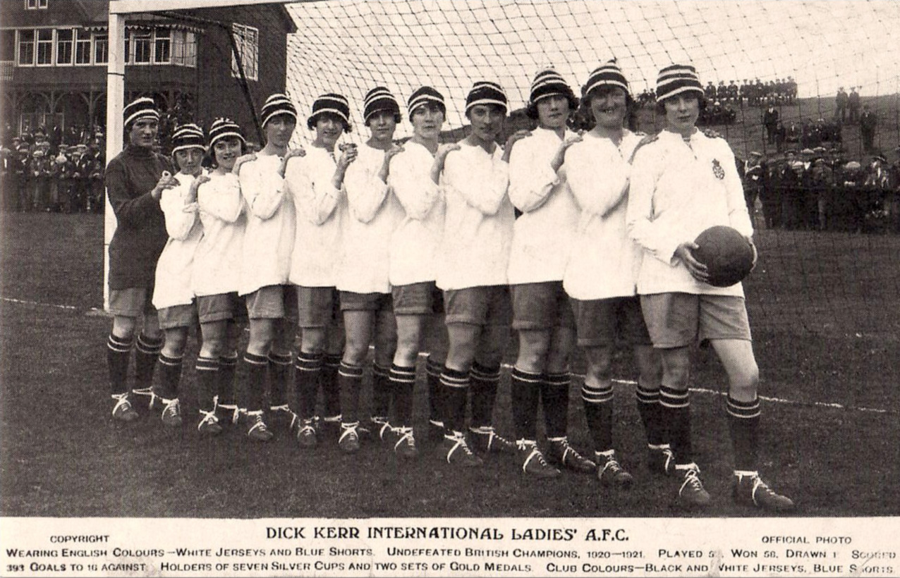 1920-21, Dick, Kerr's International Ladies AFC, foto ufficiale