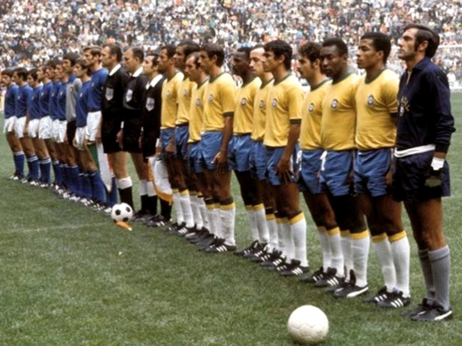 foto delle formazioni di Italia - Brasile 1970